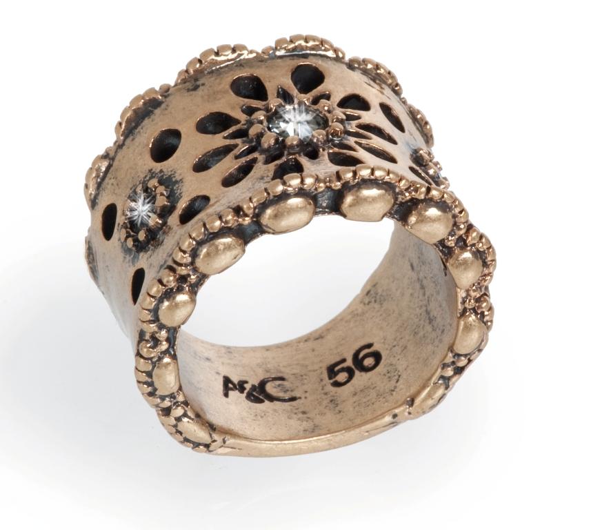 Кольцо со стразами Swarovski  и покрытием бронзой.(4032-0374)Бижутерия Mix<br>Кольцо  изготовлено из специального сплава покрытого состаренной бронзой. Ширина 1,5  см.<br><br>Размер кольца 18<br>