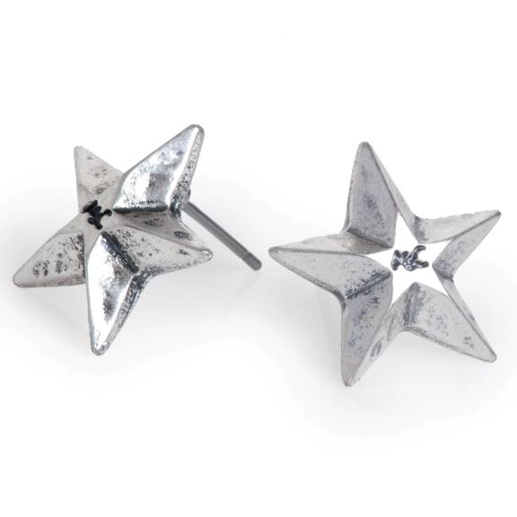 Серьги в виде звезды(1018-0147)Классика в звездах<br>Серьги выполнены из гипоаллергенного сплава, покрыты серебром 925 пробы. Размер звезды 15 мм.<br>