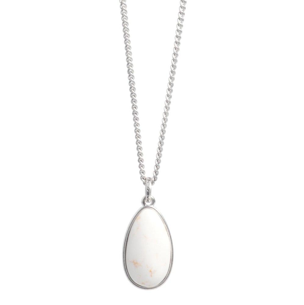 Колье(2032-2252)Бижутерия с натуральными камнями<br>Arts&amp;Crafts, Норвегия<br>Колье выполнено из гипоаллергенного сплава, покрытого серебром. Вставка кулона из  хаулита. Размер кулона 2,5 см на 1,5 см. Длина цепочки 42см.<br>