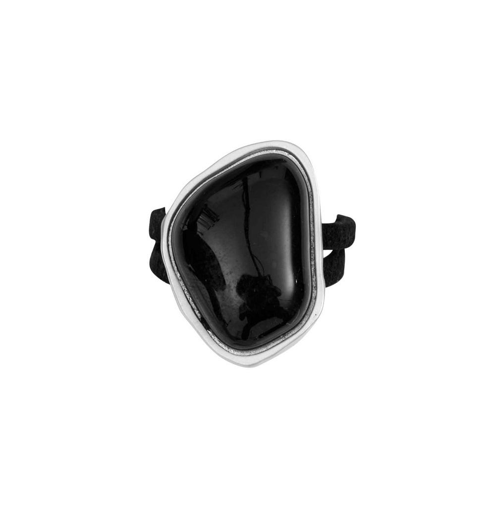 Кольцо(1C405)Бижутерия с искусственным обсидианом<br>Дания, Dansk Smykkekunst<br><br>Размер декоративного элемента 2,5х1,5см<br>Размер кольца 17<br>