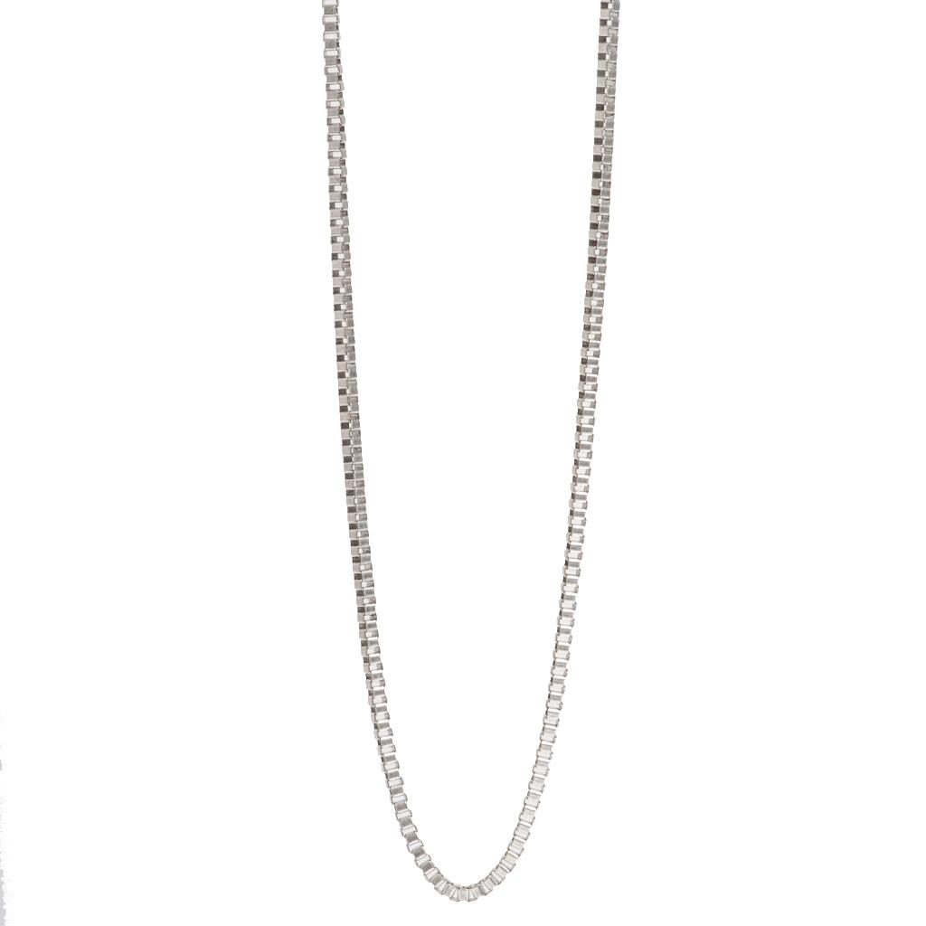 Цепочка с серебряным покрытием(2018-0443)Базовая коллекция NEW<br>Arts&amp;Crafts, Норвегия<br><br>Авторский дизайн, ручная работа, ограниченный выпуск.<br><br>Гипоаллергенный сплав, покрытие серебром.<br>Длина колье 110 см<br>