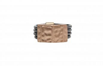 Кольцо(1C312)Nikita<br>Кольцо с золотым покрытием и телячьей кожей<br>Размер 18,5<br>
