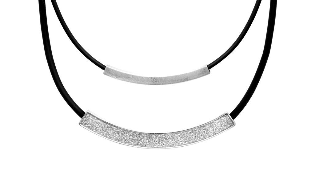 Колье(9H242)Rosalina<br>Дания, Dansk Smykkekunst<br><br>Гипоаллергенный сплав, покрытие серебром.<br><br>Длина колье 50 см<br>