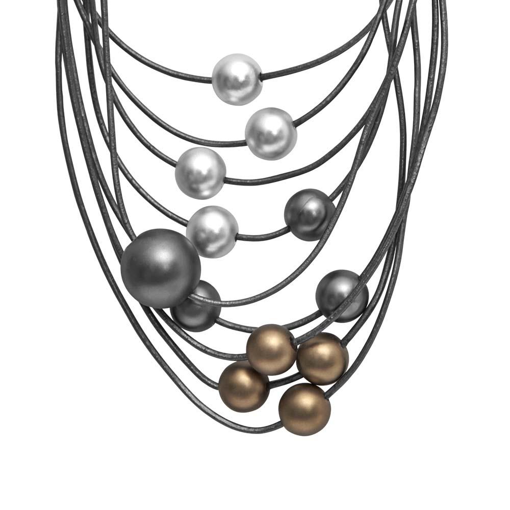 Колье(9C230)Sonya<br>Дания, Dansk Smykkekunst<br><br>Гипоаллергенный сплав, покрытый золотом, серебром, гематитом; кожа<br>Длина колье 45 см<br>