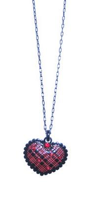 Подвеска на цепочке(2032-1168)Подарки к Дню Святого Валентина<br>Длина цепочки 40 см. Размер подвески 3х3,5 см.<br>